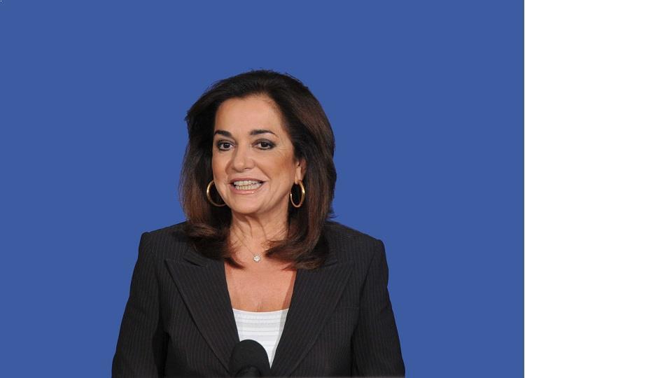 Ντόρα Μπακογιάννη: Οι σκέψεις μου και οι προσευχές μου είναι με την οικογένεια του άτυχου νέου.