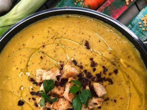 Βίντεο – Σούπα με φάβα και λαχανικά