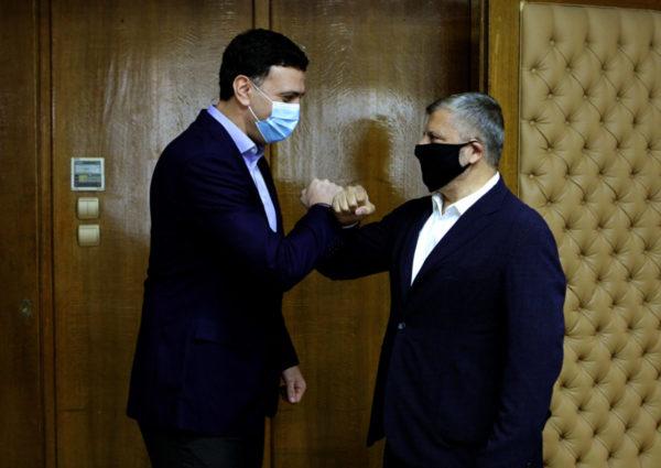 Συνάντηση του Περιφερειάρχη Αττικής και Προέδρου του ΙΣΑ Γ. Πατούλη με τον Υπουργό Υγείας Β. Κικίλια