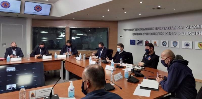 Μ. Χρυσοχοΐδης στη σύσκεψη της Πολιτικής Προστασίας: «Περιμένουμε ένα ιδιαίτερα έντονο καιρικό φαινόμενο»
