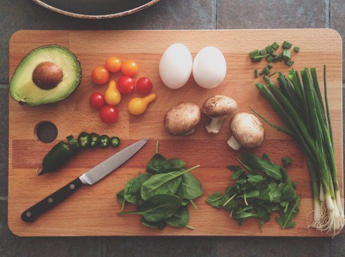 Δέκα ανοιξιάτικα υγιεινά σνακ