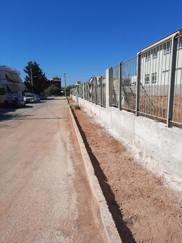 Δήμος Ελευσίνας : Σε εξέλιξη η κατασκευή πεζοδρομίων σε Μαγούλα