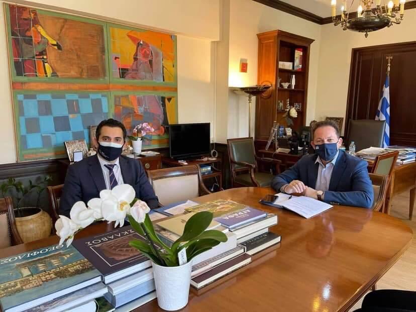 Συνάντηση Δημάρχου Αγίων Αναργύρων- Καματερού Σταύρου Τσίρμπα με τον αναπληρωτή υπουργό Εσωτερικών Στέλιο Πέτσα