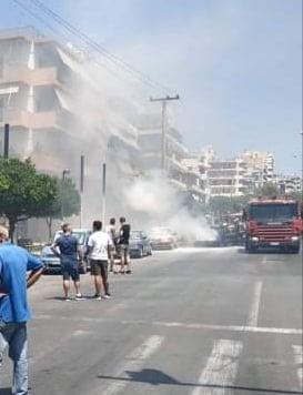Φωτιά σε αυτοκίνητο κοντά στην Λεωφόρο Βεϊκου