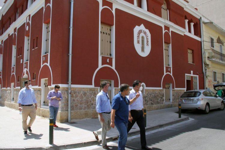 Κλιμάκιο της Νέας Δημοκρατίας επισκέφθηκε τον Δήμο Καλλιθέας και τη Σιβιτανίδειο Σχολή