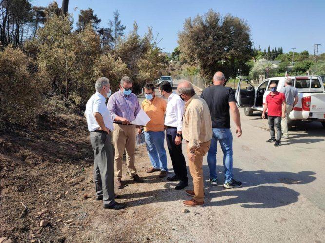 Αναδάσωση στις καμένες εκτάσεις εξήγγειλε ο Υπουργός Περιβάλλοντος Κώστας Σκρέκας