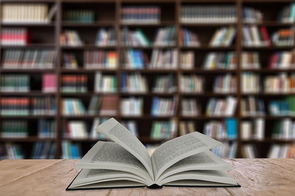 Από τη Δευτέρα 30/8 οι αιτήσεις για επιταγές αγοράς βιβλίων από τον ΟΑΕΔ