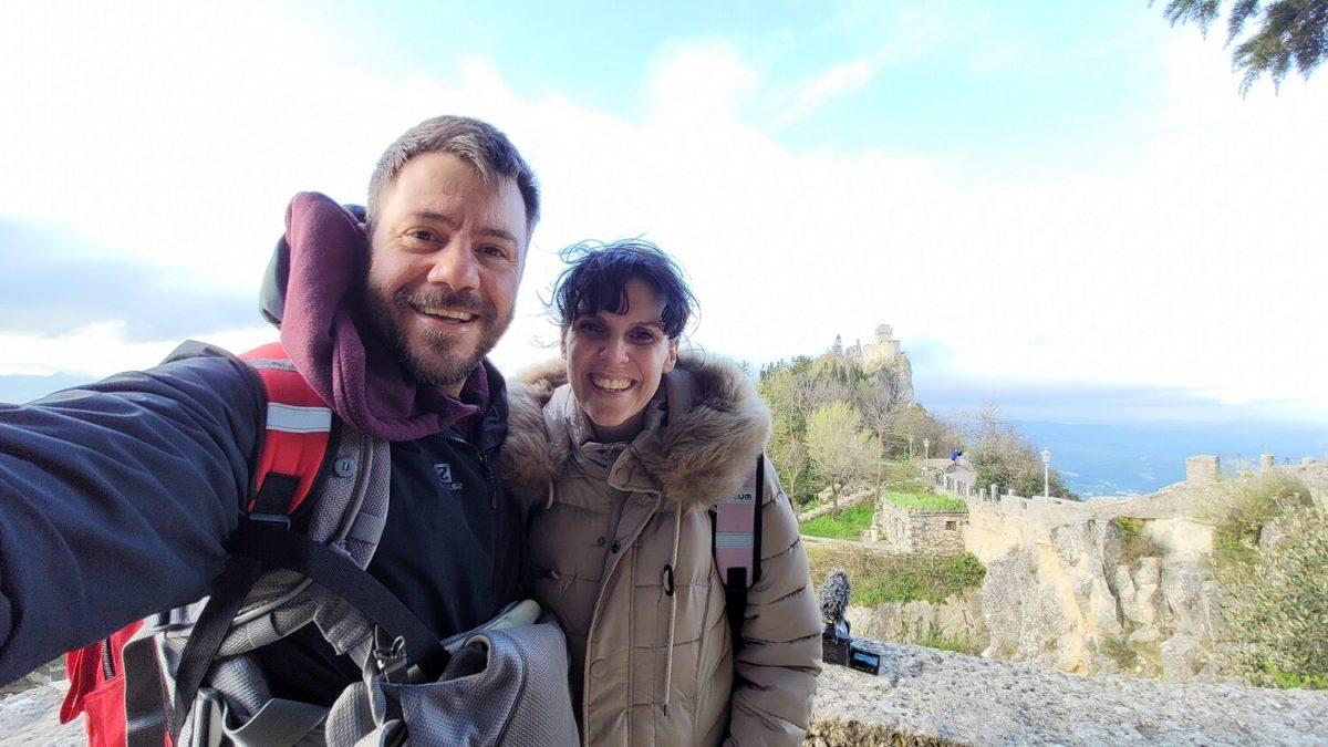 Happy Traveller στον ΣΚΑΙ – Πρεμιέρα το Σάββατο 25 Σεπτεμβρίου