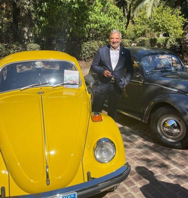 Στην εκδήλωση Ιστορικών Οχημάτων και Supercars ο Περιφερειάρχης Αττικής